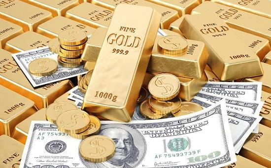 Gold keeps gaining weight with weak greenback